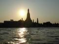 Západ nad chrámem Wat Arun