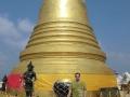 Zlatá Chedi na vrcholu Golden Mount